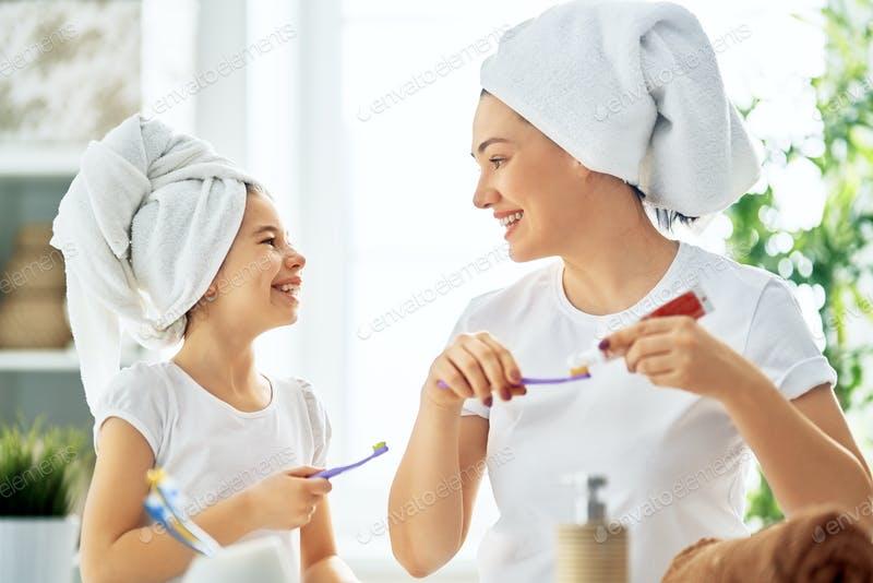 COVID-19: cuidados com a higiene bucal pode ajudar a prevenir complicações