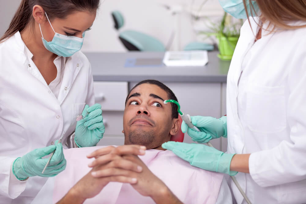 Entenda como superar o medo de dentista